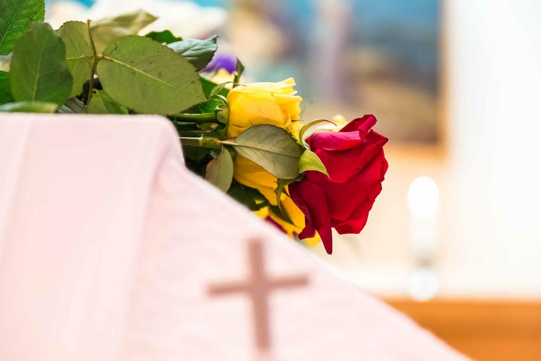 Kuvavuorinen_hautajaiskuvia