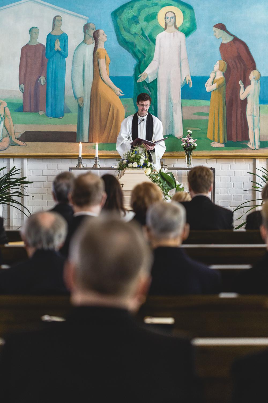 Kuvavuorinen_hautajaiskuvia_12