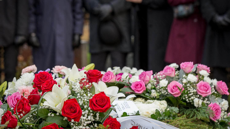 Kuvavuorinen_hautajaiskuvia_19